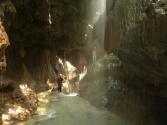 entrée dans la grotte de la maglia