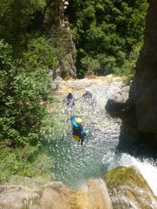 canyon avec grandes cascade très belles