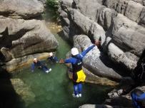 nice canyon découverte avec plein de sauts